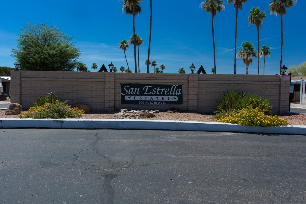 San Estrella Estates sign at the entrance