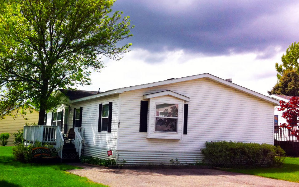 Rolling Hills Estates in Maplewood, MN Mobile Homes For Sale