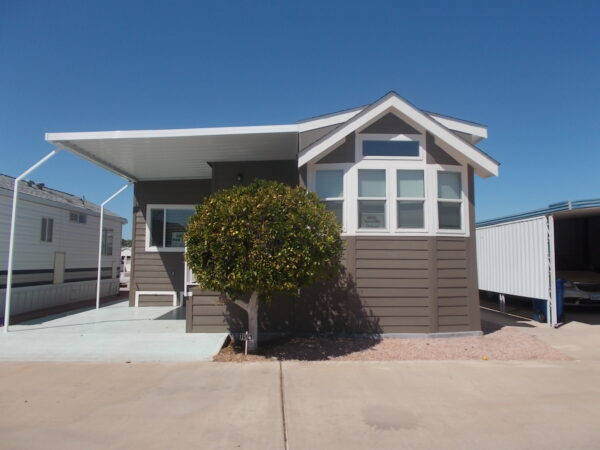 View 653-6551-120; NEW 2019 Athens Amarillo Deluxe; Pet Section; 2 Years Free Rent