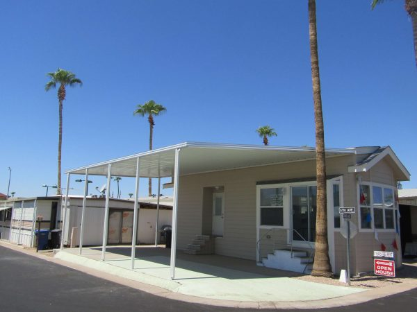 View 653-1222-133 2016 Saguaro w/ 3 Years Free Rent
