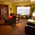 Relax in the Glendale Cascade library with plenty of books and comfortably in the leather chairs