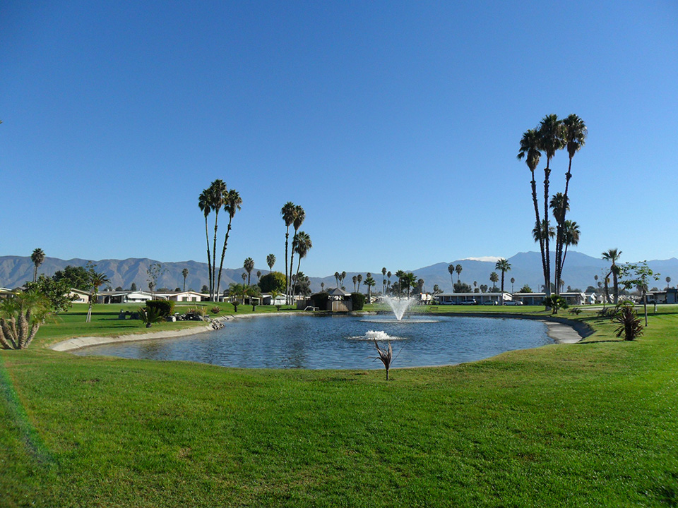 Beautiful, well-maintained golf course includes eighteen holes, ponds with fountains, and allows residents to enjoy desert living with mountain views.