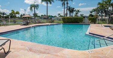 View Palm Breezes Club-Active 55+ Home Community