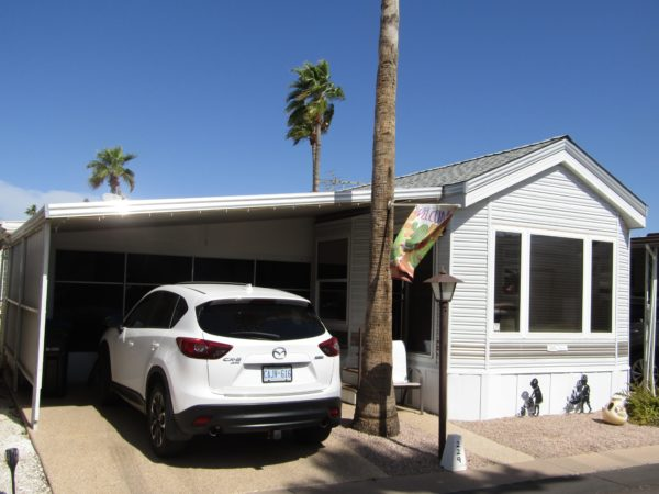 View 651-9220-133 1996 Cavco Arizona Shade Room