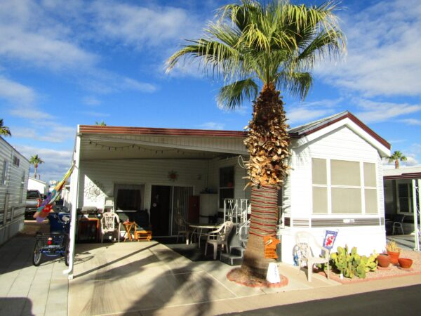 View 651-7530-133 1995 Cavco Large Lot w/ Arizona Room