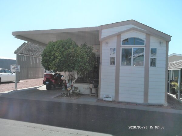View 651-0510-120 ~ 2011 Palm Park Model ~ Pet Section ~ New Listing!!