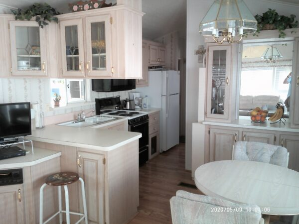 View 651-2351-120 ~ 1994 Monte Park Model ~ New Listing!!